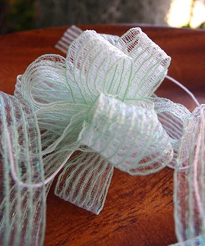 "Mint Corsage Pull Ribbon, 5/8"" x 25 yards"